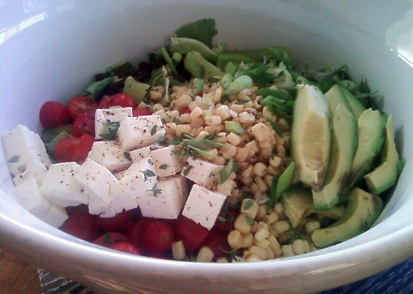 Green Salad with Feta Cheese and Herbal Dressing