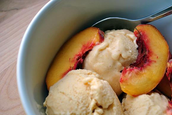 Honey Peach Ice Cream