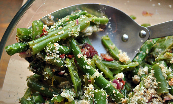 Apple Cider Green Beans with Bacon