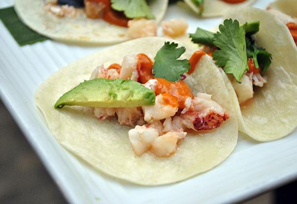Lobster Tacos With Mango Salsa (Tacos De Langosta Con Salsa De Mango ...